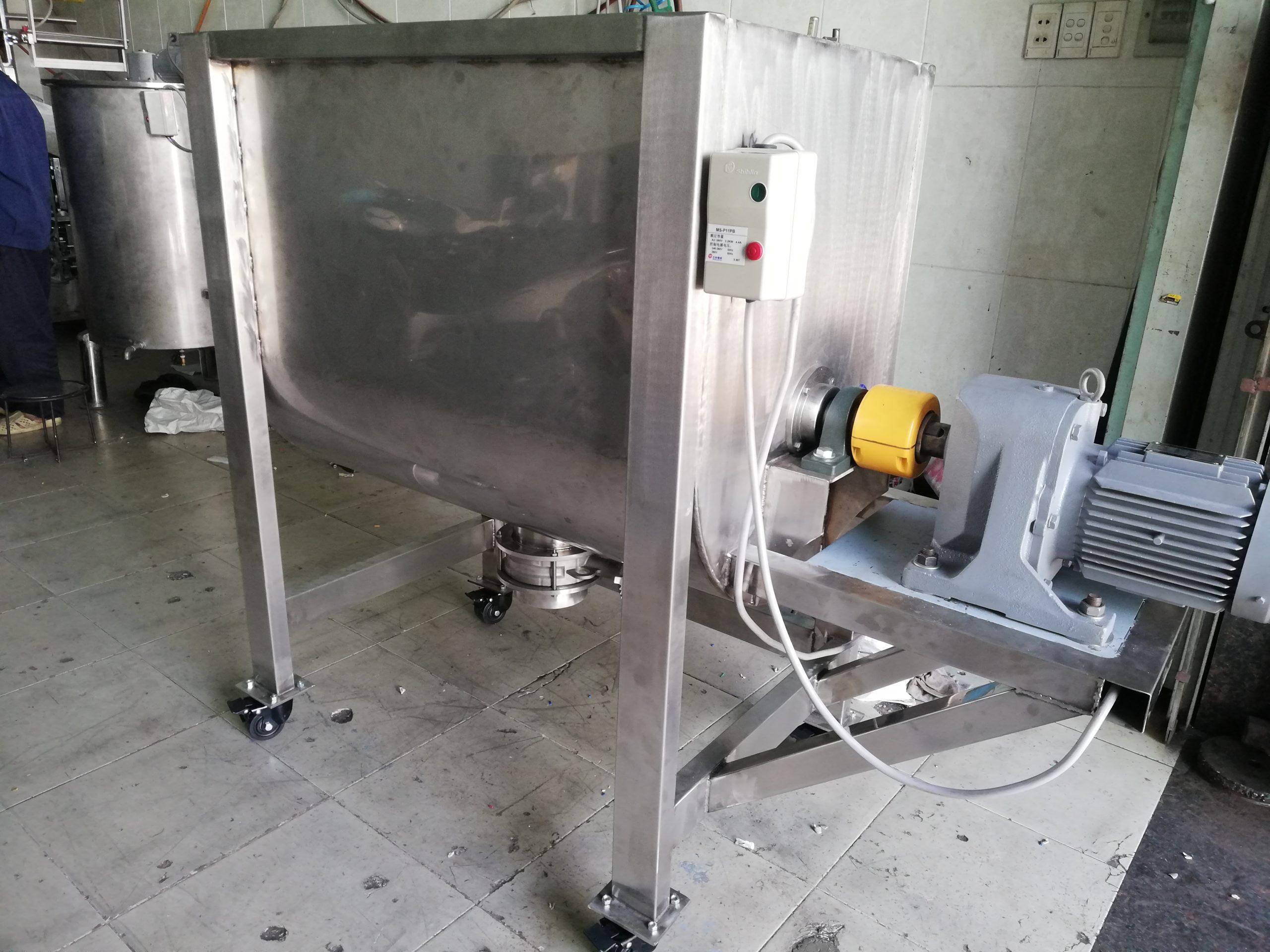 Máy trộn bột công nghiệp 300kg